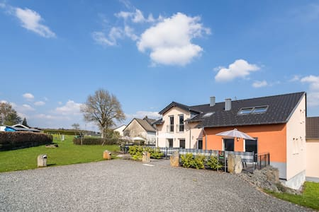 Luxurious Holiday Home in Ellscheid with Sandpit