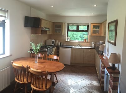 Charming Connemara Chalet - Connemara