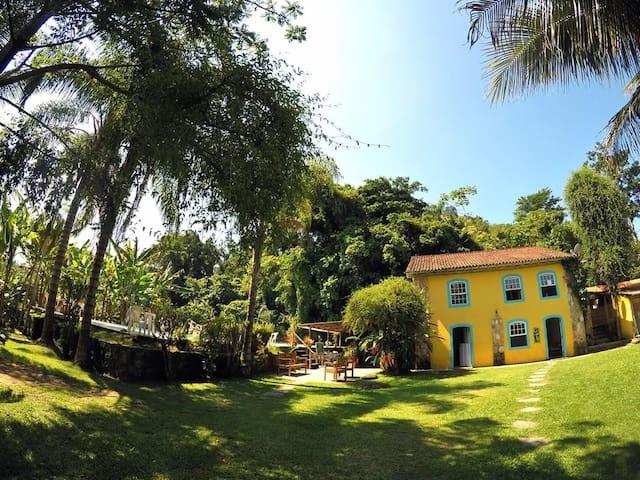 Casa Viva: Suíte 01 em linda Pousada & Bistrô