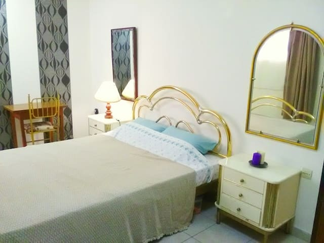 Central Ground floor apartment, Rhodes new town - Rodos - Pis