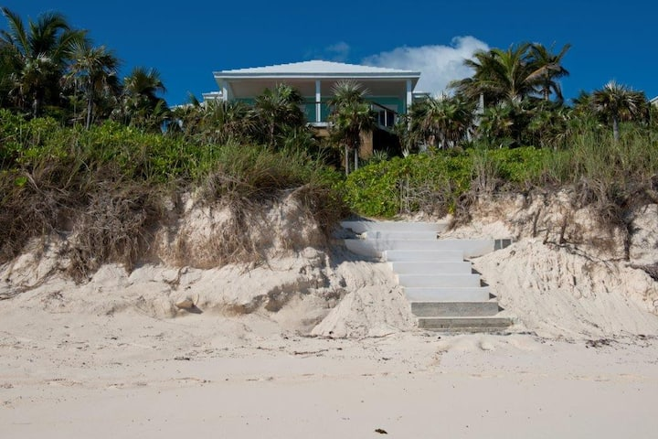 New  Beachfront House & Cottage W/ Pool, Banks Rd