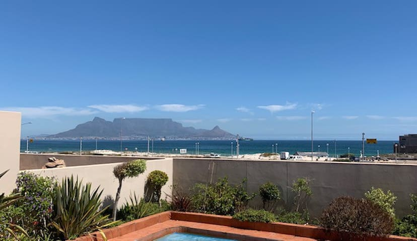 Amazing Bloubergstrand-Private En-Suite Room-New