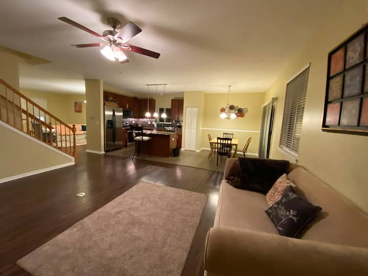 HS Luxury House 6 Beds Full Kitchen Free Parking