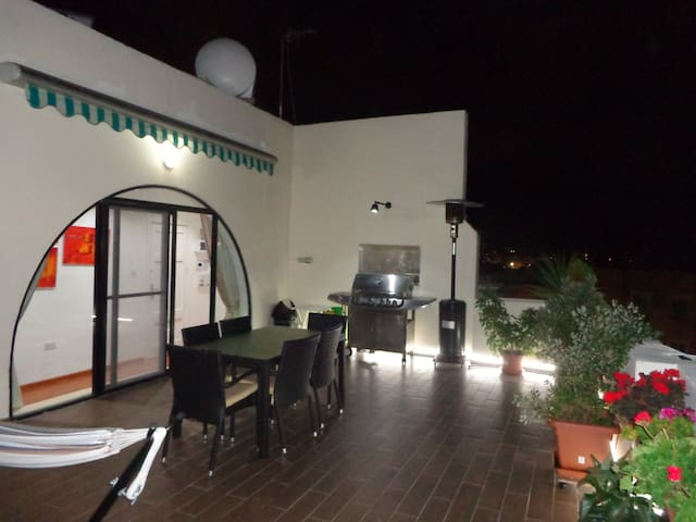Lovely penthouse with private Sun Terrace - Ta' Xbiex