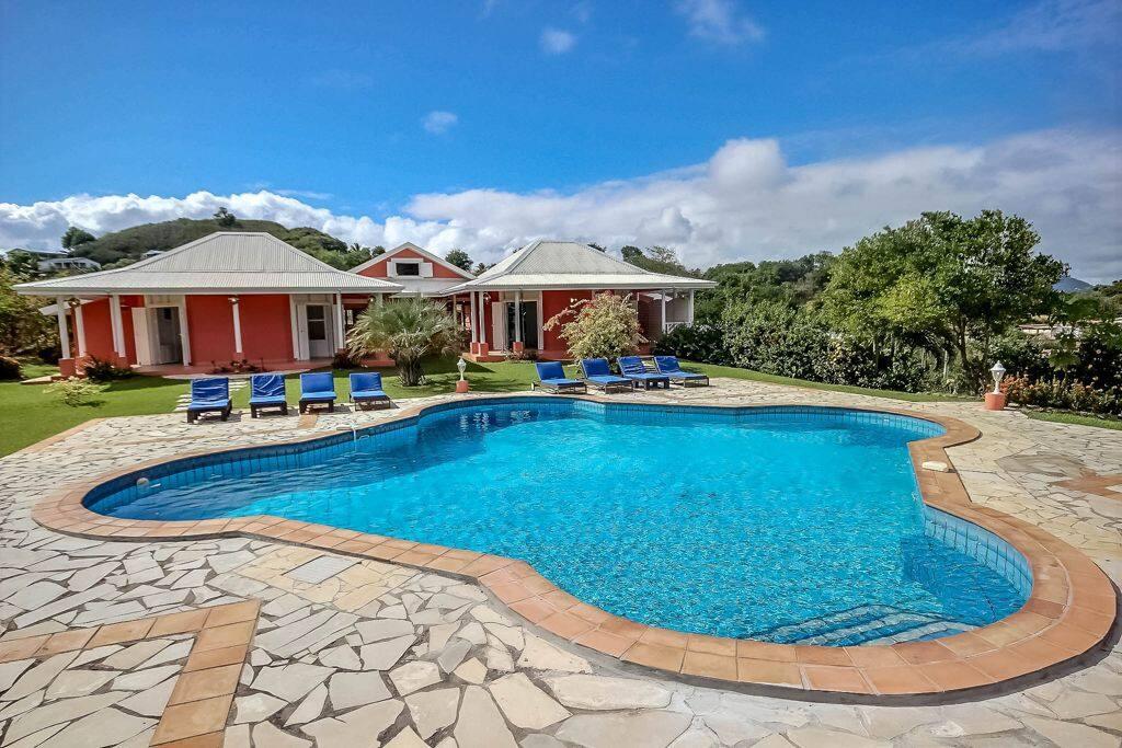 Superbe villa de vacances à quelques minutes de plages du sud - grande piscine