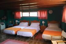 Room 5 Tripple