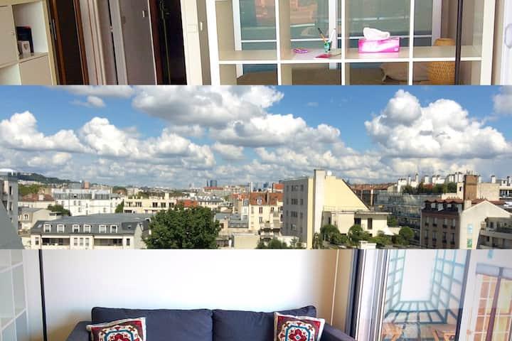 Nice studio with balcony and view