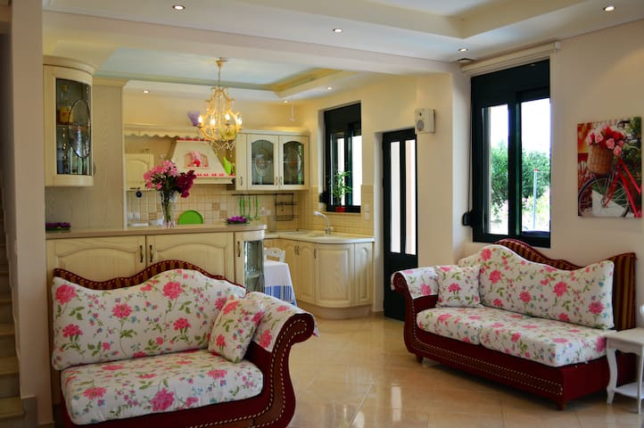 20 Besten Ferienvillen Und Luxusvilla In Maleme - Airbnb Maleme ... 18 Luxusvilla Designs Atemberaubend Aussehen