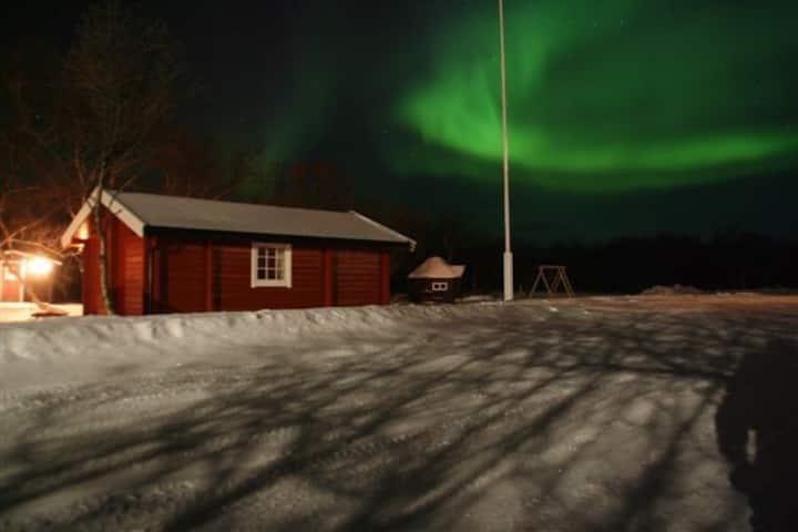 Vestre Jakobselv Camping-Midnattsol