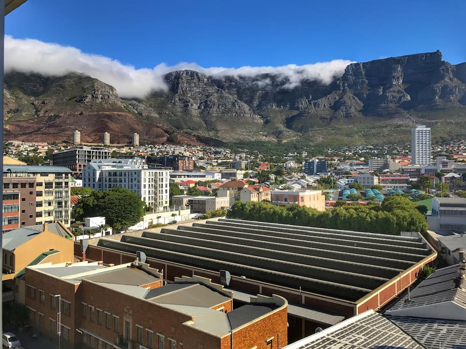 View from the apartment - Table Mountain with its table cloth