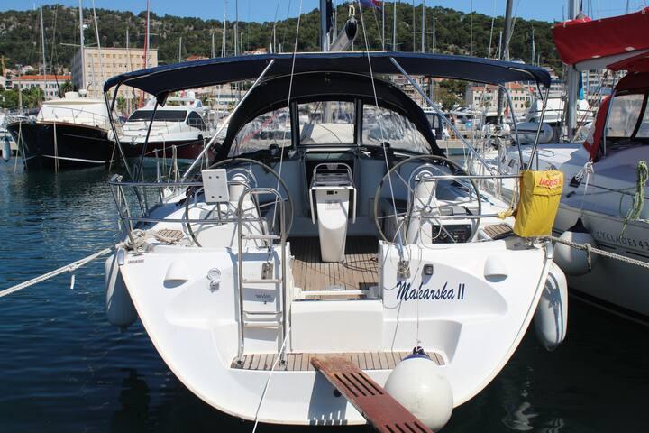 Sun Odyssey - Makarska 2 - Sailing boat