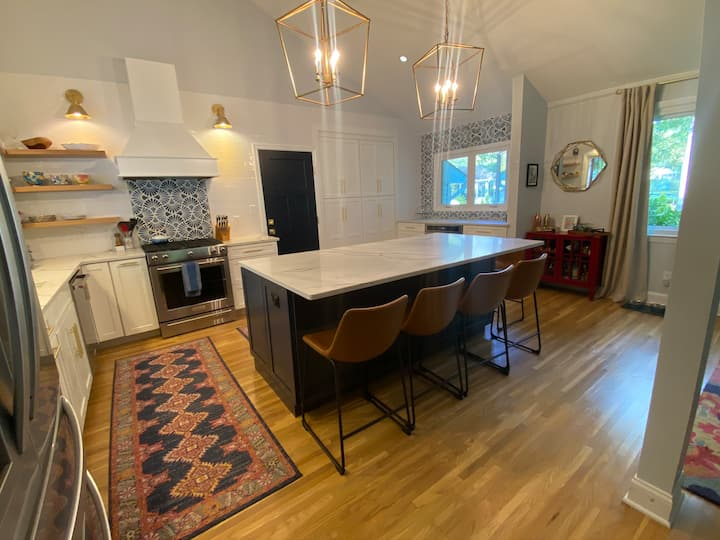 Gorgeous newly renovated home on a quiet culdesac