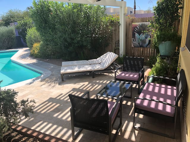 3BR/2BA Desert Oasis in Old Town Scottsdale