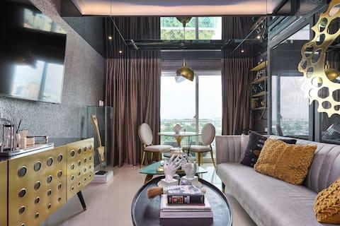 ☆City Center Luxury Apartment! Good View! Pool&Gym