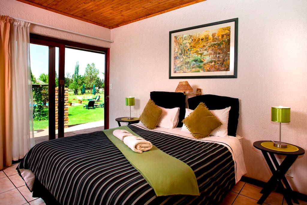 standard room facing the garden. Accommodating maximm 2 adults