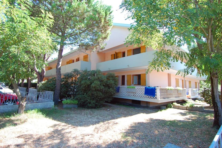 Elegant Apartment in Rosolina Mare with Parking