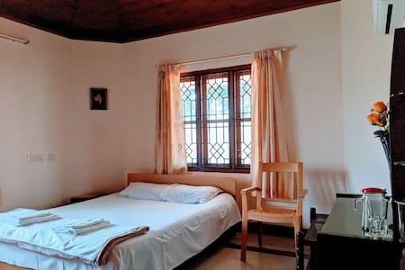 Nandanam Homestay (near Kochi Airport- Room No. 1)