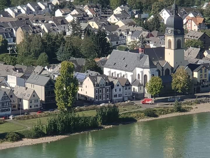 """Komplettes """"Häuschen"""" am Koblenzer Rheinufer"""