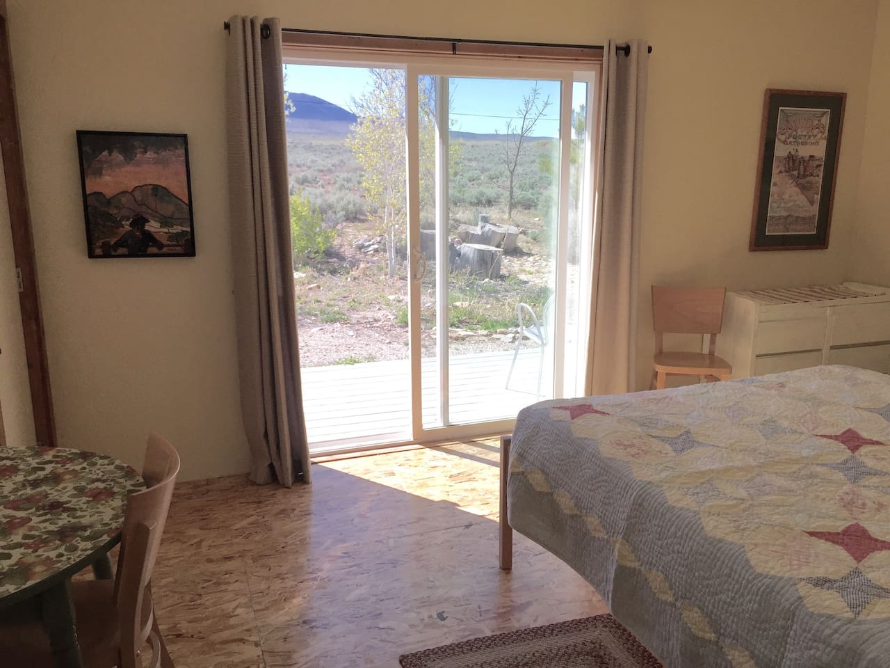 Great Basin Bungalow - room to relax!