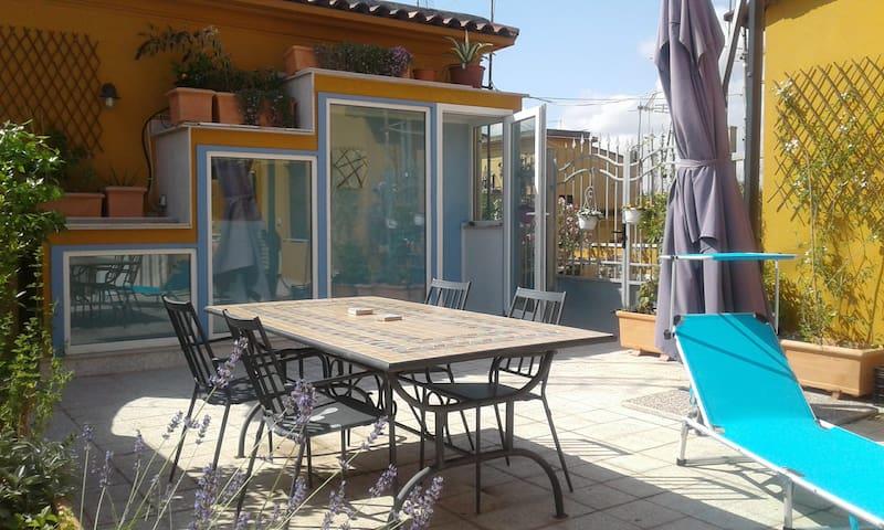 Mediterranean flavored terrace flat