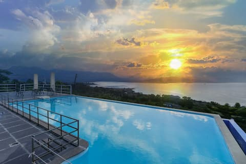 Princess-3BHK Infinity Pool Villa with Scenic View