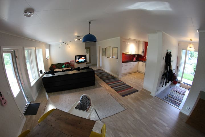 Big, brand new APT. Super fresh and clean! - Järna - Appartement
