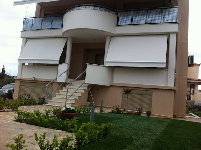 Luxury House in Lagonissi made with a lot of Love!
