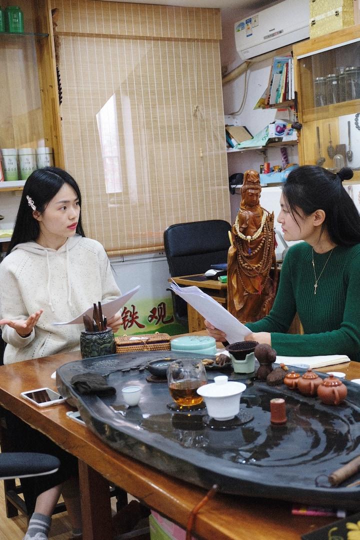 Learn tea culture with Sara