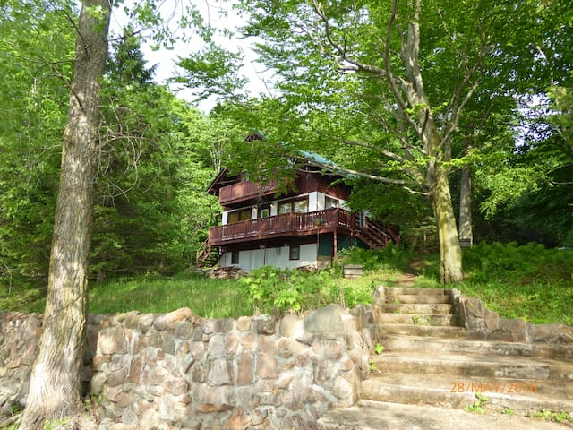 Big Cozy water front cottage - Saint-Placide - Cabin