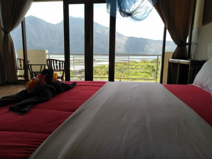 Lakeisde batur hotel 2