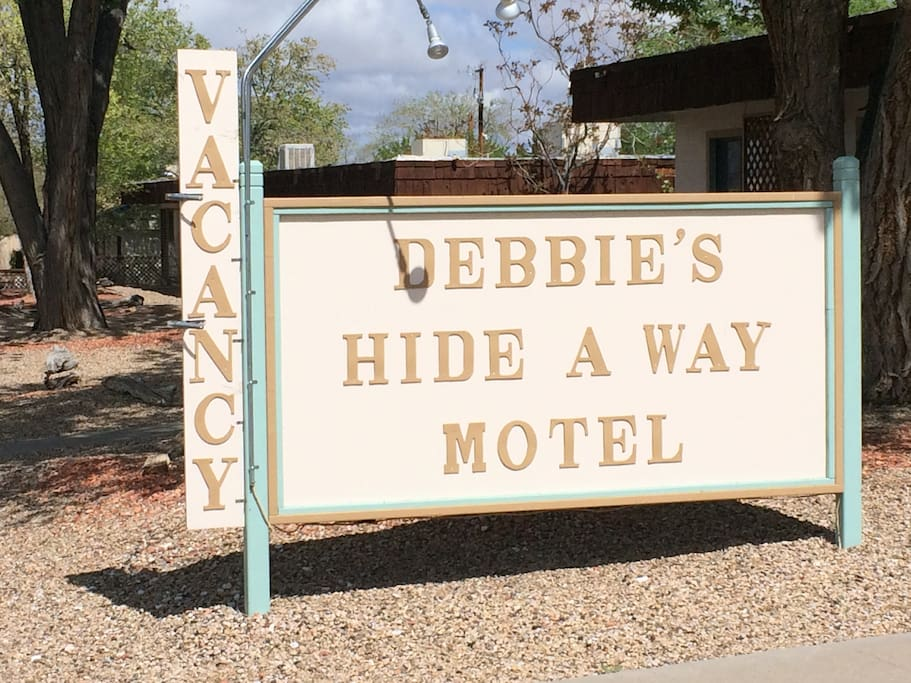 Debbie's Hide A Way Motel Page AZ