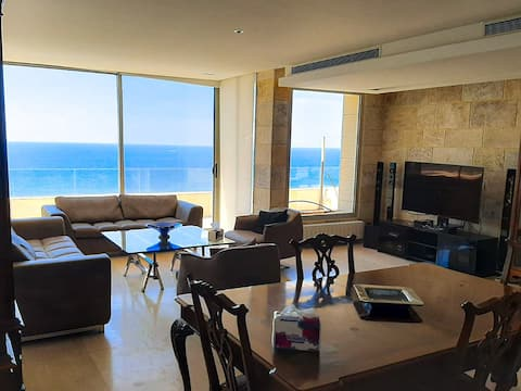 Dbayeh 275м2 Apartment with Sea view