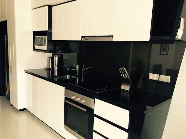 Luxe/Modern/Excellent Apartment in CBD