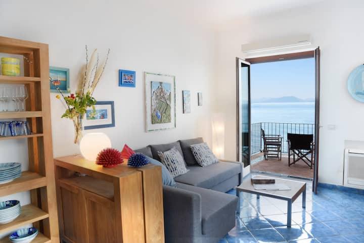 Villa Levante - Direct Sea Access - Full Sea View