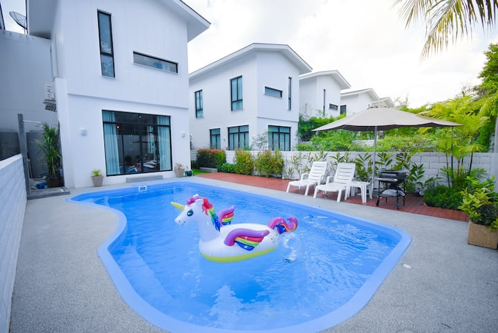 3BR★Private Pool Villa★3-min walk from the beach❤️