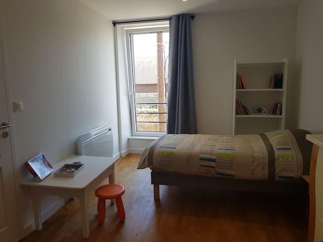 Chambre aux 3 lits