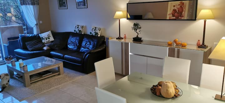 Appartement 95m² / résidence/ Piscine/ Parking