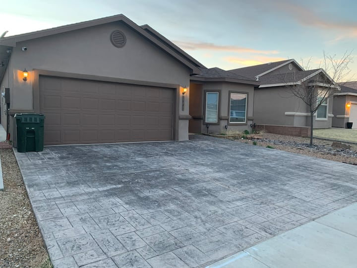 Family friendly house with all amenities!