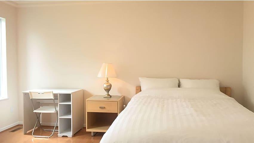 Fresh cozy room