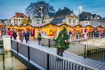 KERSTSTAD VALKENBURG European City of Christmas 2018  https://https://www.kerststadvalkenburg.nl/wp-content/uploads/2018/07/Kerststad-Valkenburg-Brochure-2018.pdf www.kerststadvalkenburg.nl/