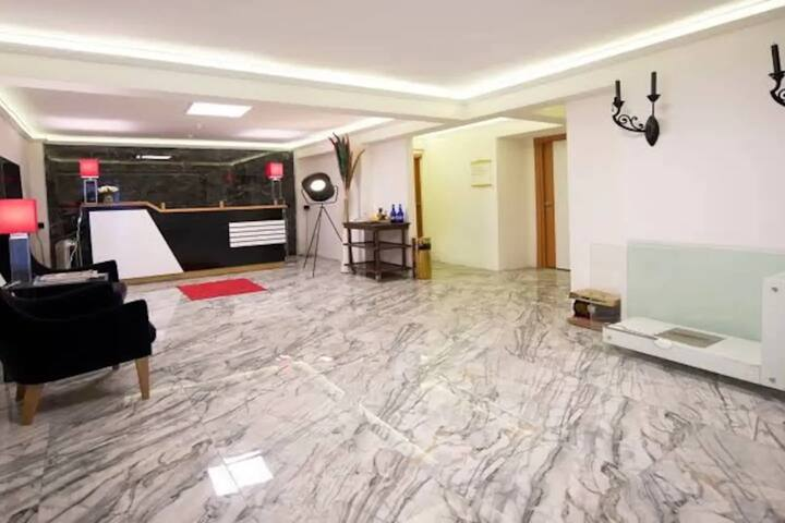 We Home ResidenceSuperior SuiteVeryCentral stylish