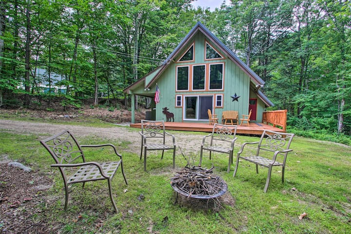 NEW-North Conway Cabin w/Fire Pit by 4 Ski Resorts