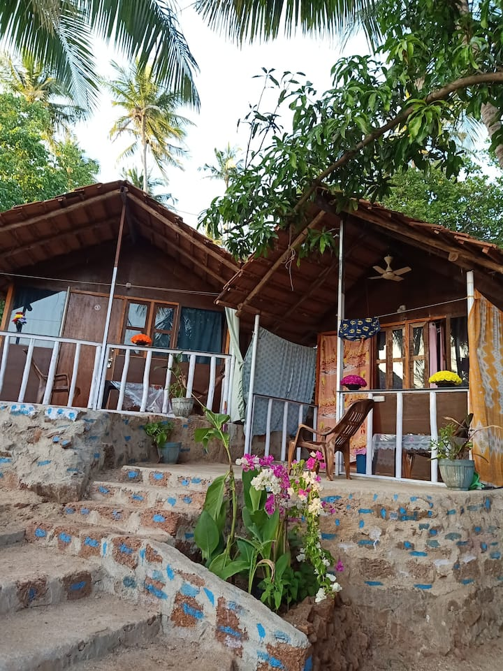 SHIV SAI HUTS VERY PEACEFUL AND QUIET PLACE