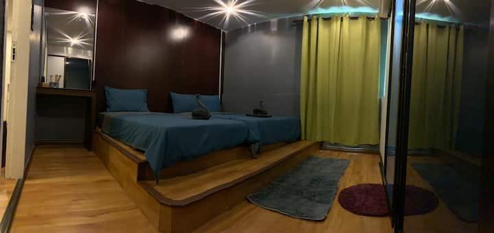 小竹林 伯沙岛房号M-33 bamboo homestay 独立卫生浴 三人房