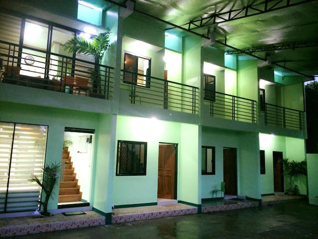 GV Apartelle Cozy 2bd with  parking