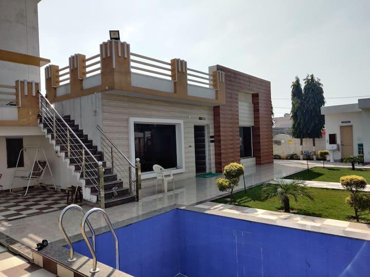 LuxuriousVilla near Gurudwara Shri.Fatehgarh Sahib