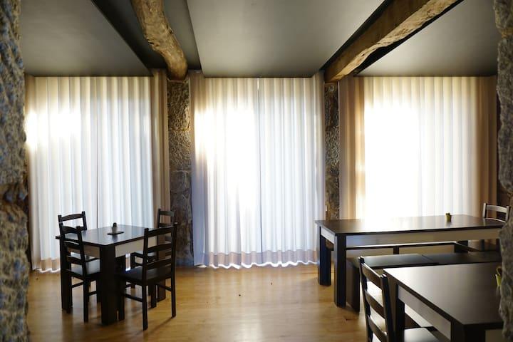 Hostel Casa do Pinheiro - Quarto Teixo - Lagares - Hostel