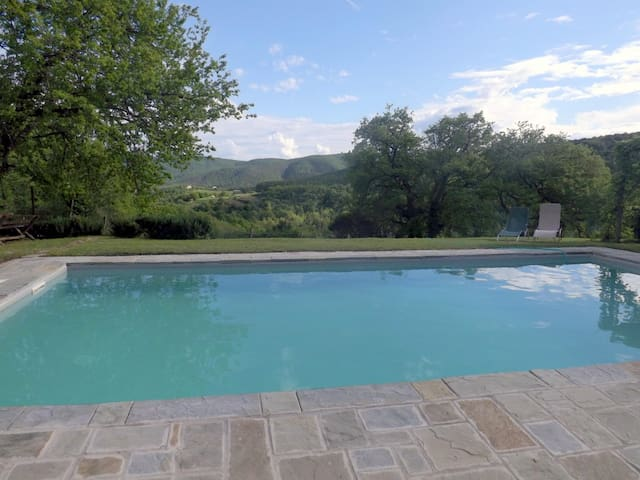 Country house with swimming pool - Lisciano Niccone - Cabin