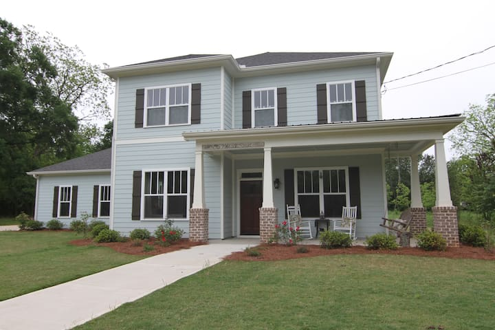 Family Home in Downtown Watkinsville - Watkinsville - House