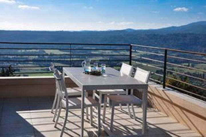 FAYENCE Appartement  confortable ,